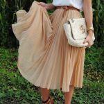 5 τρόποι να συνδυάσεις μία καλοκαιρινή φούστα με πιέτες