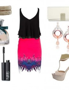 Clip11 228x300 - Look of the day με φούστα Roberto Cavalli