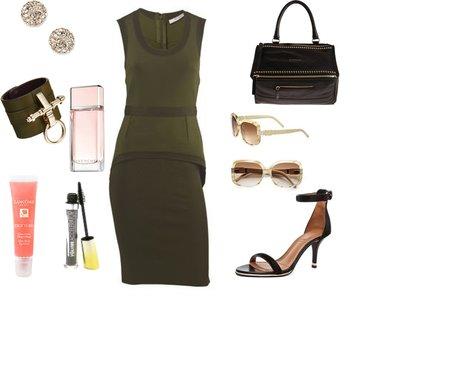 3963a1cd86a7f47c9ea2e3a4a660b7f1 - Look of the day με αμάνικο στενό φόρεμα Givenchy