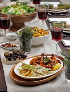vradino fagito 228x300 - Τελικά το βραδινό φαγητό μας παχαίνει?