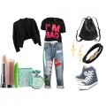 Look of the day with top Urban and bag Monki 120x120 - Look of the day με top Urban και τσάντα Monki